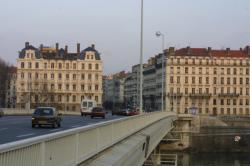 [Immeubles d'habitation à Lyon]