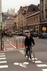 [Les pistes cyclables à Lyon]