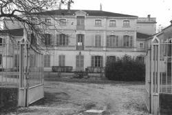 [Château de Saint-Maurice-de-Rémens]
