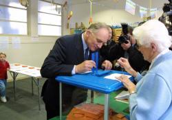 [Elections municipales de 2001]