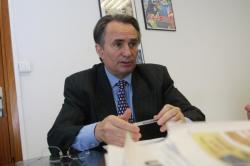 [Bernard Rivalta, vice-président de la communauté urbaine de Lyon]