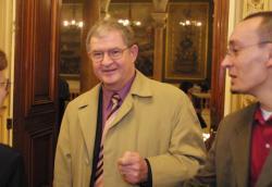 Jacky Darne, maire de Rillieux-la-Pape