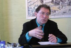 [Jean-Jacques Pignard, maire de Villefranche-sur-Saône]