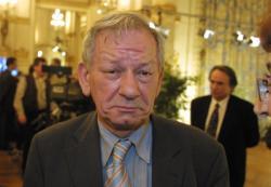 Gabriel Montcharmont, maire de Condrieu]