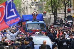 [Victoire de l'Olympique lyonnais en Coupe de la Ligue : liesse populaire dans les rues de Lyon]