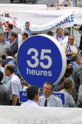 [Manifestation du patronat contre la loi des 35 heures]