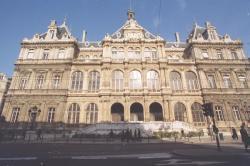 [Palais du commerce de Lyon]