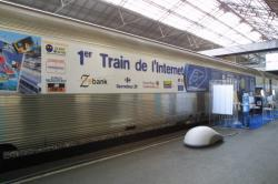[Le train de l'Internet en gare de Lyon-Perrache]