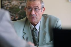 [Michel Forissier, maire de Meyzieu]