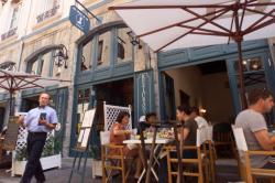 """[Restaurant """"Au Grain de Sel"""", rue des Marronniers, à Lyon]"""