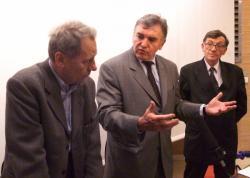 [Conférence de presse avec Jean-Michel Dubernard suite aux déclarations de Clint Hallam, premier greffé de la main]