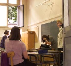[Baccalauréat 2000 : premières épreuves au lycée Ampère de Lyon]