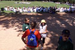 [Rassemblement des écoles lasalliennes de France au Parc de la Tête-d'Or avant leur départ pour Rome]