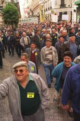[Manifestation des agriculteurs pour les retraites]