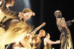 Maison de la danse de Lyon : Batsheva Dance Company, chorégraphie de Ohad Naharin
