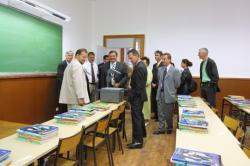[Michel Mercier visite l'école de la place Guichard]