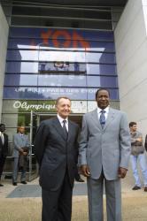 [Visite de Blaise Compaoré, président du Burkina Faso, au siège de l'Olympique lyonnais]
