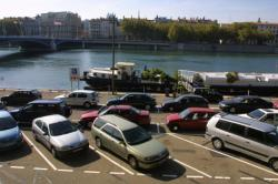 [Bas-ports de la rive gauche du Rhône]