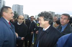 [Jean-Louis Borloo, ministre de la Ville, en déplacement à Vénissieux]