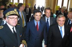 [Le Premier ministre Jean-Pierre Raffarin à Lyon]