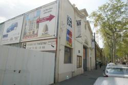 """[Théâtre """"Les Asphodèles"""" dans le quartier de la Buire]"""