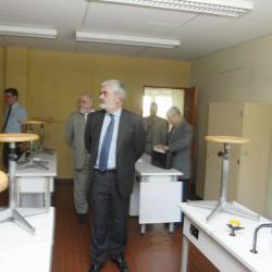 [L'International School de Lyon dans les locaux de l'ancien collège André-Malraux à Sainte-Foy-lès-Lyon]