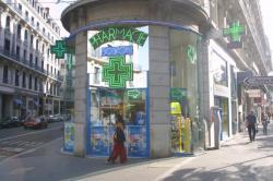 [Pharmacie homéopathique Boiron, rue Président Carnot, à Lyon]