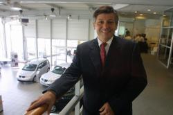 [Olivier Delorme, concessionnaire automobile]