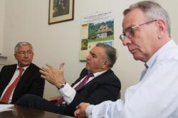 [Au siège de la fédération UMP du Rhône avec Jean-Michel Dubernard]