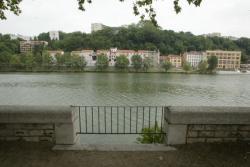 [Entre la gare d'eau de Vaise et le quai Gillet : le projet du Pont Schuman]