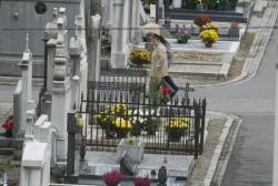 [Le nouveau cimetière de la Guillotière à la Toussaint]