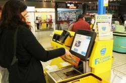 [Hypermarché Carrefour à Francheville : caisses Flash en libre-service]
