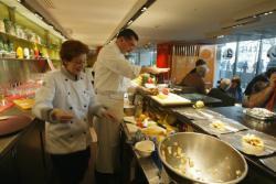 """[Restaurant biologique """"Comptoir A."""" à l'hôpital Saint-Joseph Saint-Luc]"""