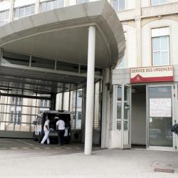 [Hôpital de la Croix-Rousse : service des urgences]