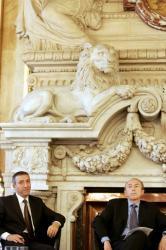 [Signature de la charte de la diversité à l'Hôtel de ville de Lyon]