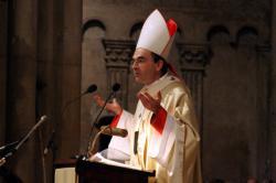 [Décès du souverain pontife Jean-Paul II : messe à la cathédrale Saint-Jean]