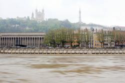 [Crues de la Saône à Lyon, septembre 2005]