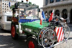 [Un Tour d'Europe en tracteur]