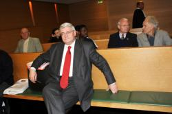[Bruno Gollnisch au Tribunal de grande instance de Lyon]