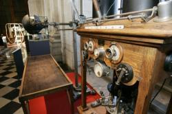 """[Musée des hospices civils de Lyon : exposition """"Histoire de rayons X""""]"""
