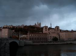 Quai des Célestins, la Cathédrale Saint-Jean et la basilique Notre-Dame de Fourvière