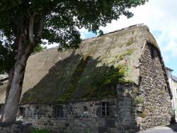 Maison à toit de chaume, Sainte-Eulalie (Ardèche)