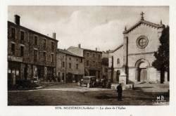 Nozières (Ardéche) : La Place de L'Eglise.