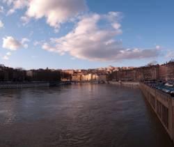La Croix-Rousse vue du pont du Maréchal Juin