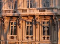 Le Quai Victor-Augagneur : détail d'une façade