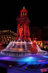 Fête des Lumières 2010 : fontaine des Jacobins, place des Jacobins