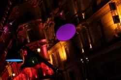 Fête des Lumières 2010 : rue de la République, direction Place de la République