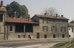 Une maison condamnée à disparaître, en direction de Saint-Irénée