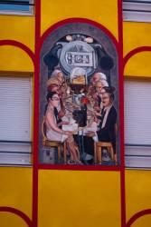 Espace Diego Rivera : façade contemporaine, Wall street