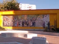 Espace Diego Rivera : fresque de la place.